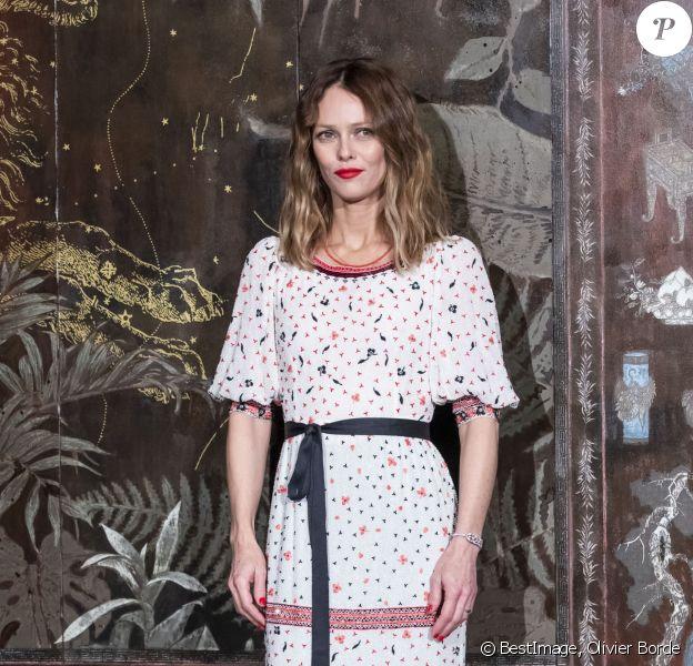Vanessa Paradis lors du photocall du défilé Chanel Métiers d'Art 2019 / 2020 au Grand Palais à Paris le 4 décembre 2019 © Olivier Borde / Bestimage