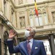 Le Roi Philippe de Belgique visite plusieurs magasins dans le centre de Bruxelles à la veille de la réouverture le 11 mai pendant l'épidémie de coronavirus (COVID-19). Belgique, Bruxelles, le 10 mai 2020