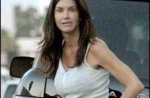 Janice Dickinson super sexy pour son mystérieux inconnu...