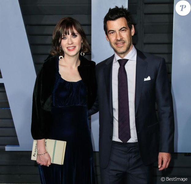 Zooey Deschanel et son mari Jacob Pechenik à la soirée Vanity Fair Oscar au Wallis Annenberg Center à Beverly Hills, le 4 mars 2018.