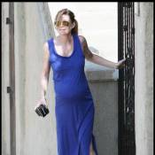 Ellen Pompeo : grâce à son mari, la belle et bien ronde nous sourit... yes ! Mais sa robe... no !