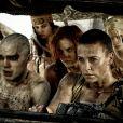 """Charlize Théron, Nicholas Hoult et Riley Keough dans le film """"Mad Max: Fury Road"""". 2015."""