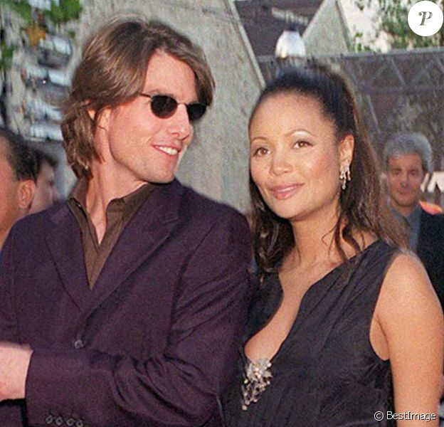 "Tom Cruise et Thandie Newton - Projection du film ""Mission: Impossible II"" à Paris. Le 30 juin 2000."