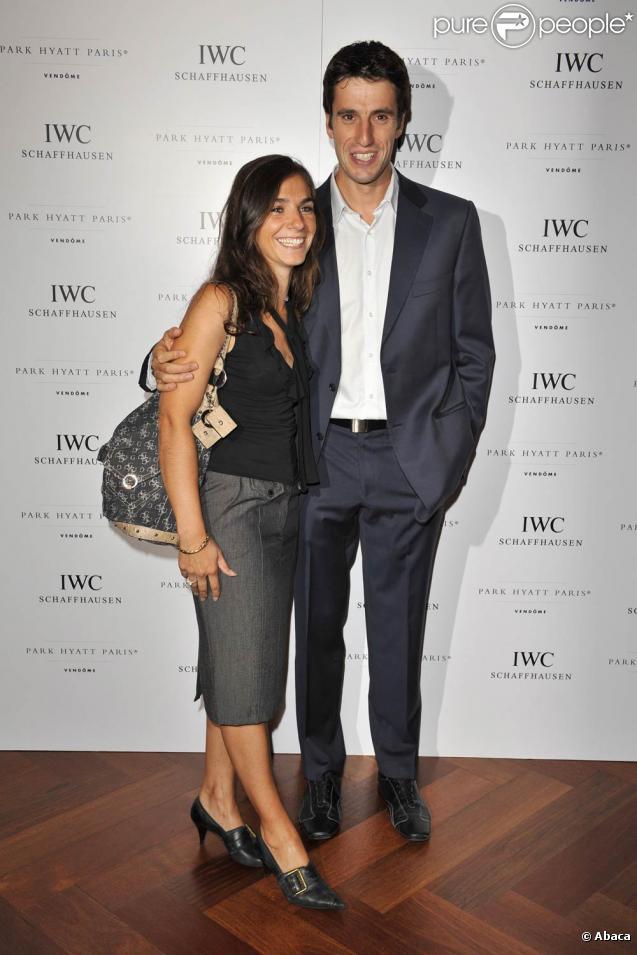 Tony Estanguet, ici avec son épouse, est devenu champion du monde de C1 pour la deuxième fois, le 13 septembre 2009
