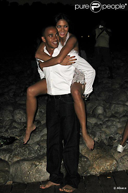 Nicole Scherzinger et Lewis Hamilton à Ibiza en août 2008