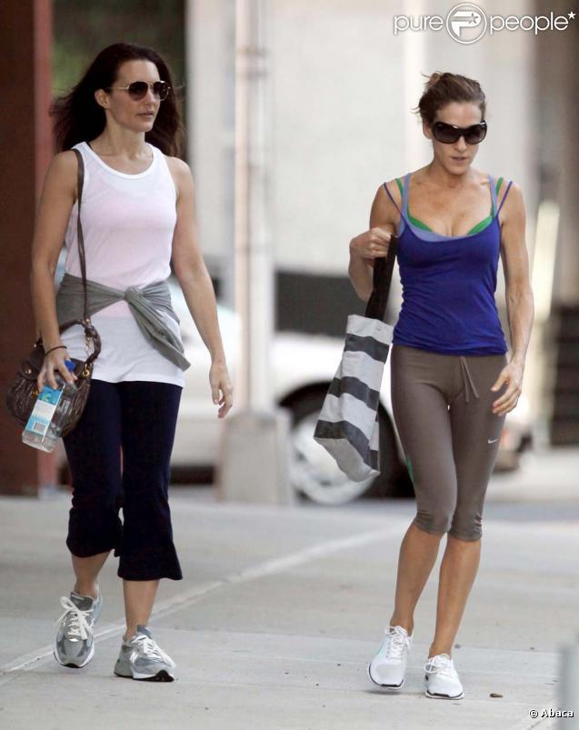 Sarah Jessica Parker et Kristin Davis sortent de leur cours de gym à New York le 13 septembre 2009
