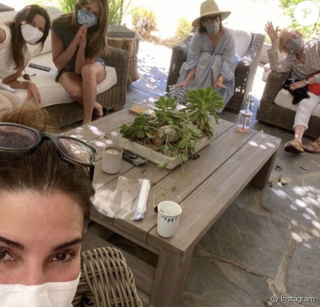 Sandra Bullock fête son anniversaire avec Jennifer Aniston, Sarah Paulson et Holland Taylor, le 26 juillet 2020.
