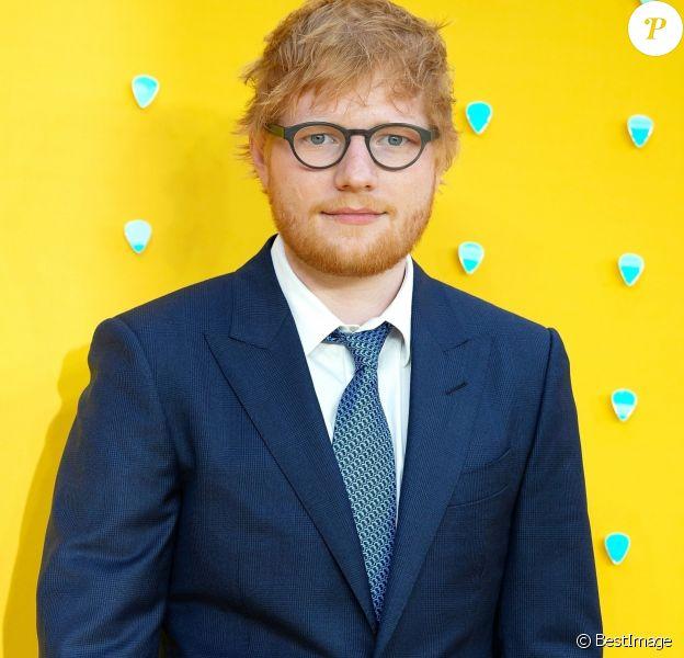 """Ed Sheeran lors du photocall de la première du film """"Yesterday"""" au cinéma Odeon Leicester Square à Londres, Royaume Uni, le 18 juin 2019."""