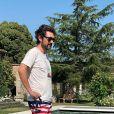 Jean-Paul Rouve dévoile ses vacances dans le Lubéron. Il les passe avec David Foenkinos. Juillet 2020.