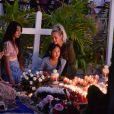 Liliane Jossua et sa fille Léa, Laeticia Hallyday et ses filles Jade et Joy - Pour le deuxième anniversaire de la mort de Johnny, Laeticia Hallyday et ses filles Jade et Joy se recueillent sur sa tombe au cimetière de Lorient à Saint-Barthélémy le 5 décembre 2019.