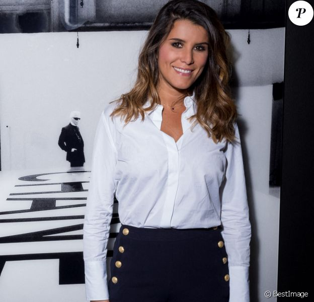 "Exclusif - Karine Ferri - Vernissage de l'exposition de photographies et signature du livre de Simon Procter ""Lagerfeld : The Chanel Shows"" en hommage à Karl Lagerfeld édité par Rizzoli au Royal Monceau Raffles Paris Art Photo Expo Production à Paris le 26 septembre 2019."