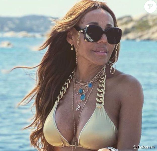 Cathy Guetta canon en bikini doré