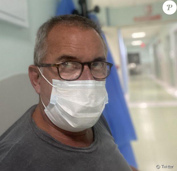 Christophe Dechavanne donne de ses nouvelles depuis l'hôpital, fin août 2020 sur Twitter.