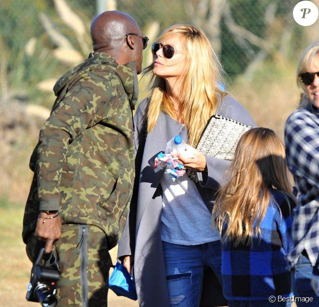 Heidi Klum et Seal se retrouvent en famille pour soutenir leur fils Johan lors d'un match de football à Brentwood. Lou, Leni et Henri sont de la partie !