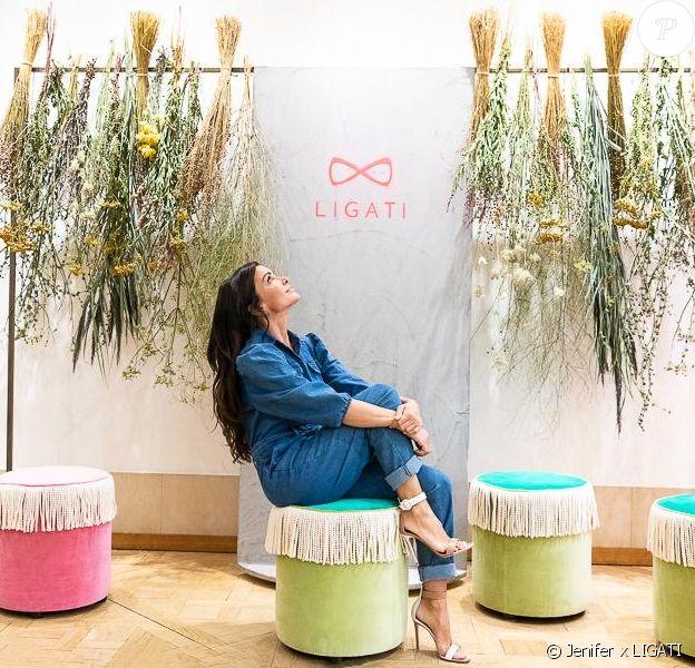 Jenifer lance une collection d'objets déco baptisée Ligati, septembre 2020.