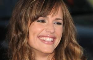 Jennifer Garner : absolument radieuse sur tapis rouge ! Matthew Perry et Rob Lowe n'en reviennent pas !