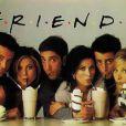 Dans la série  Friends , les personnages se retrouvent quotidiennement au  Central Perk .