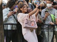 Adele Exarchopoulos : Craquante en rose pour un bain de foule à la Fashion Week