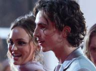 """Timothée Chalamet : """"embarrassé"""" par son baiser étrange avec Lily-Rose Depp"""