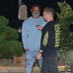 Jamie Foxx et RD Whittington - Jamie Foxx est allé diner avec des amis au restaurant Nobu dans le quartier de Malibu à Los Angeles pendant l'épidémie de coronavirus (Covid-19), le 26 septembre 2020.