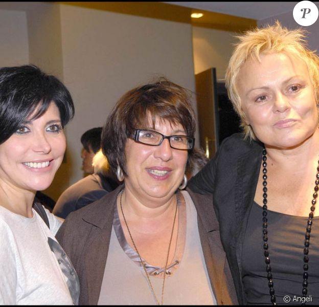 Liane Foly, Annie Grégorio et Muriel Robin à la première du téléfilm Mourir d'aimer le 29 septembre à Paris, au cinéma L'Arlequin.