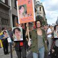 Jame Birkin poursuit son combat pour la libération de Aung San Suu Kyi.