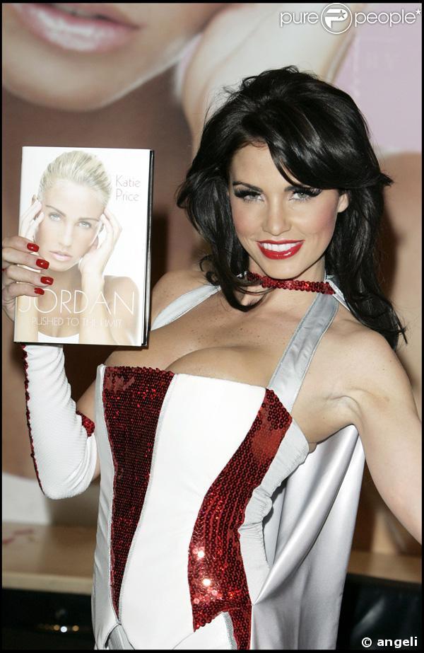 La sexy Katie Price aka Jordan se dévoile dans son livre...