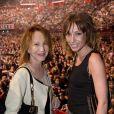 Nathalie Baye et sa fille Laura Smet - People au concert de Johnny Hallyday au POPB de Bercy a Paris - Jour 2. Le 15 juin 2013