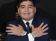 Diego Maradona : Des agents funéraires ont osé un selfie choquant avec le cercueil