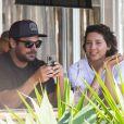 Zac Efron et Vanessa Valladares à Byron Bay, en Australie. Le 5 septembre 2020.