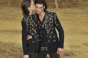 Baptiste, la muse de Karl Lagerfeld, véritable star du défilé Chanel ! C'est beau...