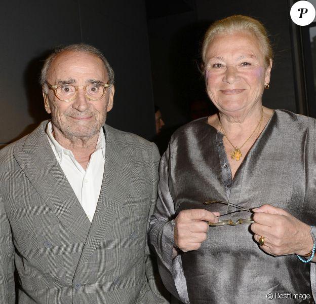 """Exclusif - Claude Brasseur et sa femme Michèle - Soirée """"Déguster du vin au restaurant Guy Savoy"""" à Paris."""