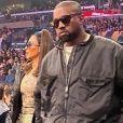 Kanye West et sa femme Kim Kardashian assistent au match de NBA de basketball opposant les Lakers de Los Angeles aux Cavaliers de Cleveland au Staples Center à Los Angeles, Californie, Etats-Unis, le 13 janvier 2020. Les Lakers ont gagnés 128-99.