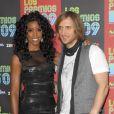 David Guetta et Kelly Rowland à l'occasion de la soirée Los Premios MTV, le 15 octobre 2009, aux studios Universal de Los Angeles.