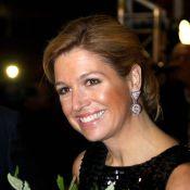 """Maxima des Pays-Bas """"voyage"""" avec le sourire !"""