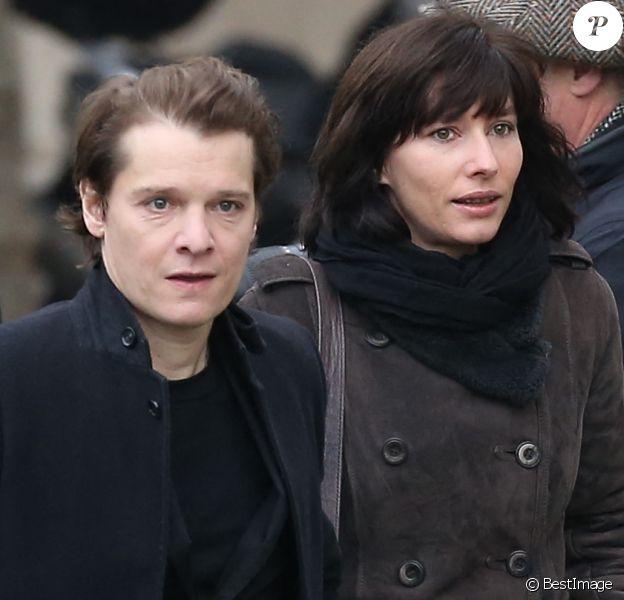 Bénabar et sa femme Stéphanie Nicolini - Obsèques de Michel Delpech en l'église Saint-Sulpice à Paris.