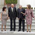 Le roi Juan Carlos et sa femme la reine Sofia ont invité le Prince Felipe d'Espagne et la belle Letizia ainsi que le président du Liban Michel Suleiman, sa femme Wafaa, leur fille Rita ainsi que son époux Wissam Baroudy à déjeuner au Palace de Zar