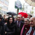 Inauguration de la place et du square Léo Ferré en présence de Bertrand Delanoë, de Marie-Christine Ferré et des filles de l'artiste, Marie-Cécile et Manuella. Paris, le 24 octobre 2009
