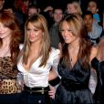 Le groupe Girls Aloud (Nadine Coyle, Kimberley Walsh, Sarah Harding, Cheryl Cole et Nicola Roberts) - Daily Mirror's Britain Award 2006.