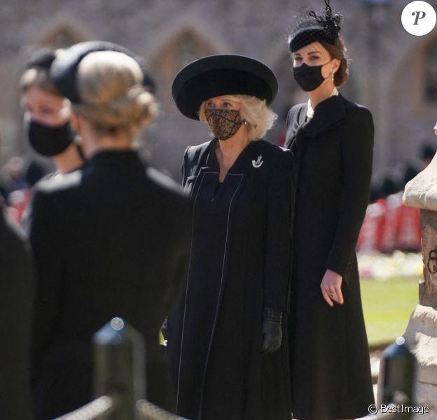 Camilla Parker Bowles, la duchesse de Cornouailles, Catherine Kate Middleton, la duchesse de Cambridge - Arrivées aux funérailles du prince Philip, duc d'Edimbourg à la chapelle Saint-Georges du château de Windsor, le 17 avril 2021.