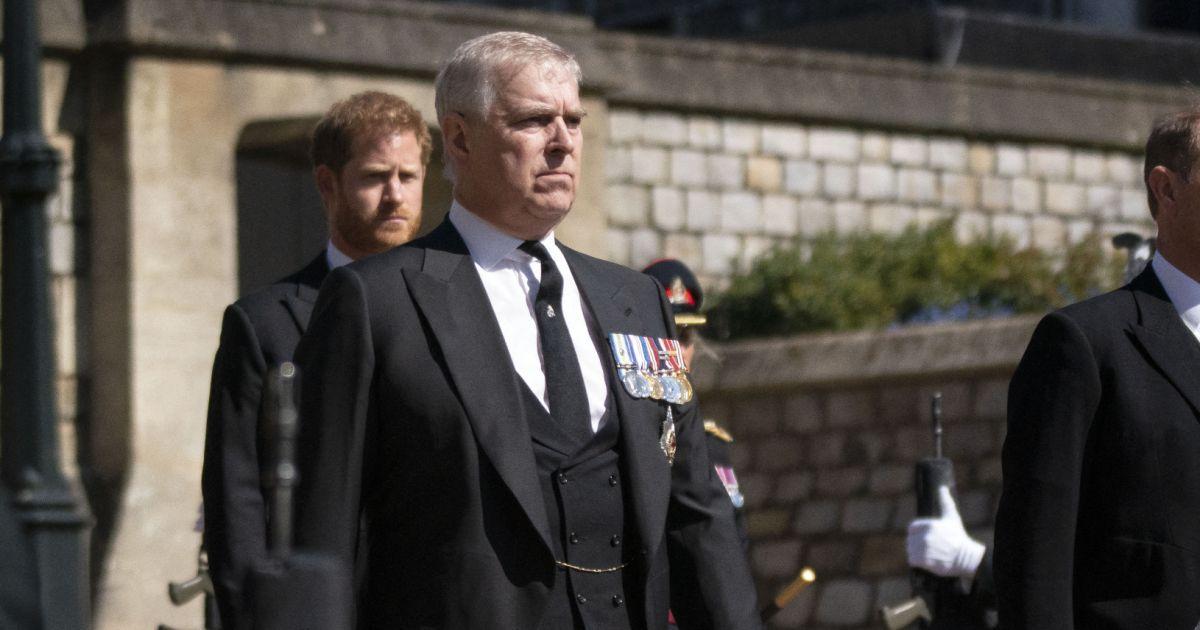 Le prince Andrew accusé d'abus sexuels : 7 millions de dollars pour passer au détecteur de mensonge…