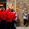 """Le roi Felipe VI d'Espagne et la reine Letizia d'Espagne visite l'école """"Maria Moliner"""" lors de sa visite officielle en Andorre, le 26 mars 2021."""