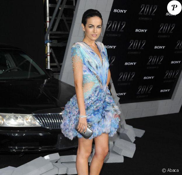 Camilla Belle à la première de 2012 à Los Angeles le 3/11/09