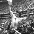 Diego Armando Maradona - Coupe du monde - Trophee - hauteur triomphe joie . © FEP / Panoramic / Bestimage