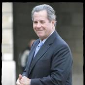 Quand Nikos se prend pour Chirac, Jean-Louis Debré se transforme... en VGE !