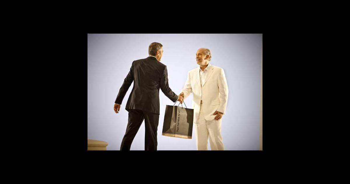 george clooney et john malkovich dans la derni re campagne de pub nespresso. Black Bedroom Furniture Sets. Home Design Ideas