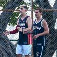 Exclusif - Antoine Griezmann et son frère Théo jouent au basketball pendant leurs vacances à Miami, Floride, Etats-Unis, le 5 août 2018.