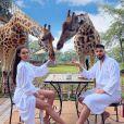 Nabilla Benattia avec Thomas Vergara, petit-déjeuner avec les girafes le 28 avril 2021
