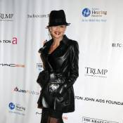 Sharon Stone : Superbe ! Elle sort le grand jeu pour son ami Elton John... en forme !