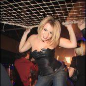 Secret Story 3 : Cindy se déshabille... en public !